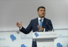Volodymyr Hroisman  calls for independent supervisory boards, management for mass media