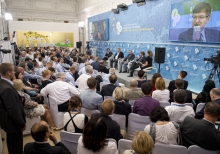 Second day of the 8th Yalta Annual Meeting of YES