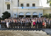 Second day of the 9th Yalta Annual Meeting of YES, sessions 1 - 3